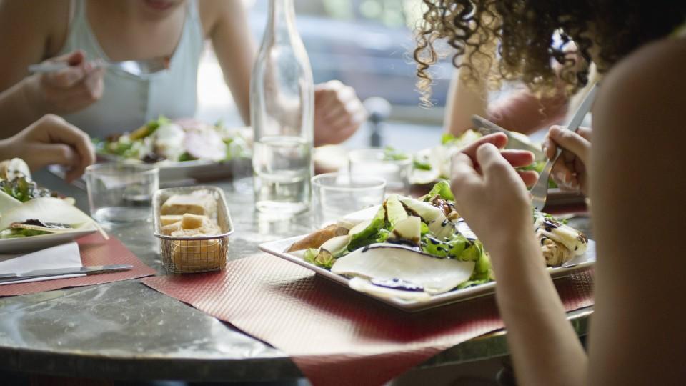 Für Gäste im Restaurant wird sich durch Corona wohl eine Menge verändern.