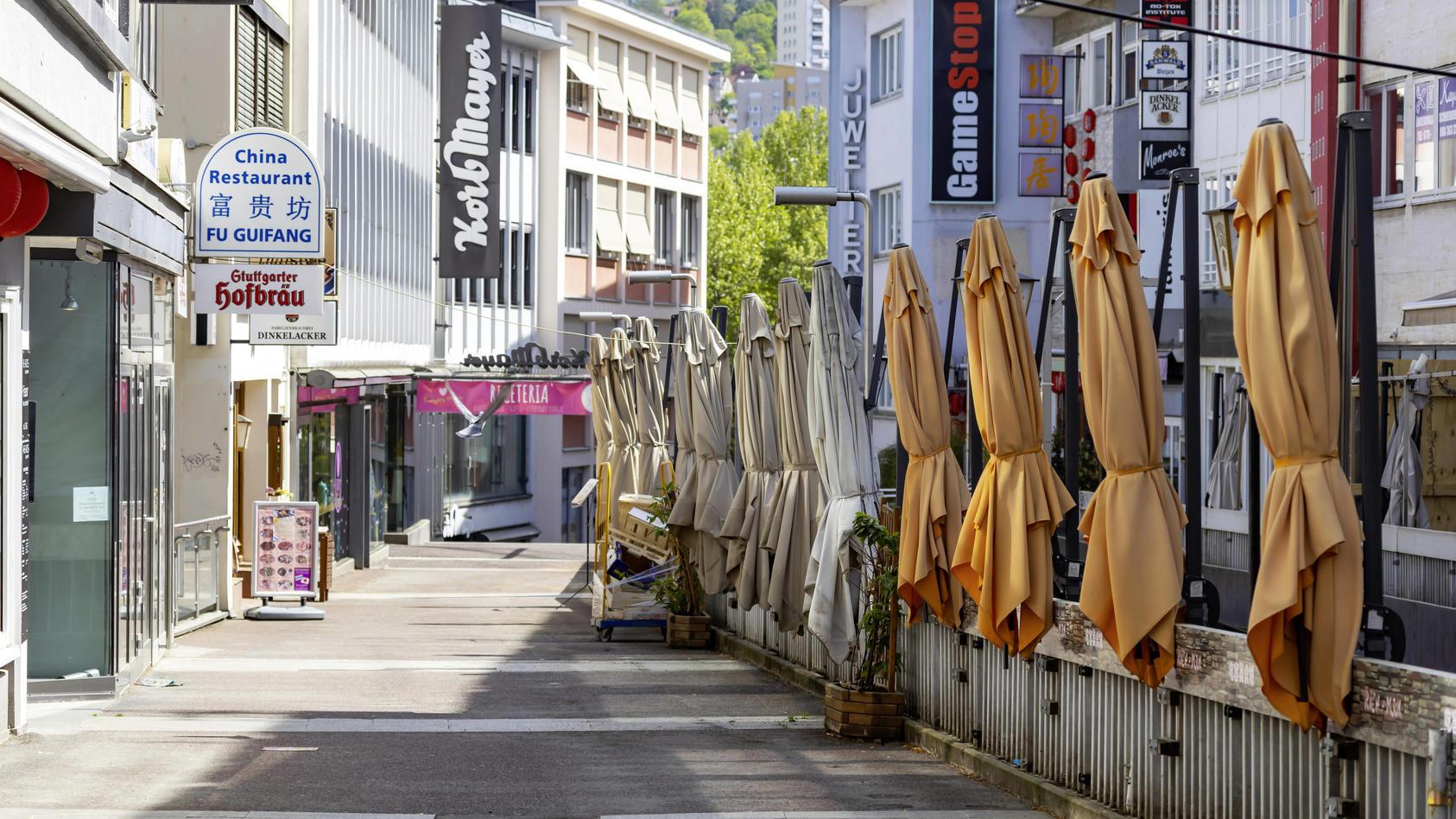 DEU, Deutschland, Baden-Württemberg, Stuttgart, 24.04.2020: Auswirkungen der Corona-Krise: Restaurants und Gaststätten