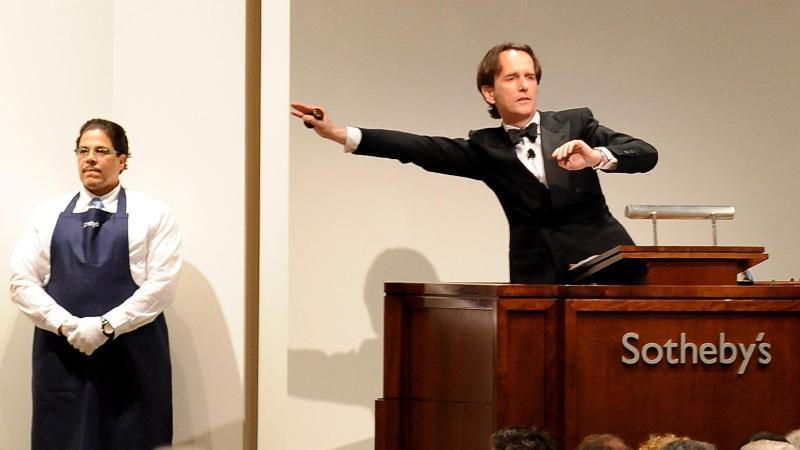 Wenn die Beschränkungen der Corona-Krise es zulassen, will das Auktionshaus Sotheby's seine traditionellen Frühjahrsauktionen Ende Juni leicht verspätet in New York stattfinden lassen. Foto: picture alliance / Andrew Gombert/EPA/dpa