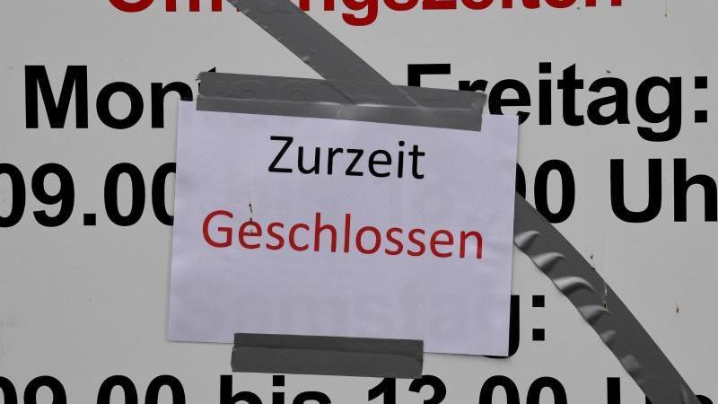 In Sachen Arbeitslosigkeit könnten Baden-Württemberg und Bayern von der Corona-Krise am härtesten getroffen werden. Foto: Carsten Rehder/Illustration/dpa
