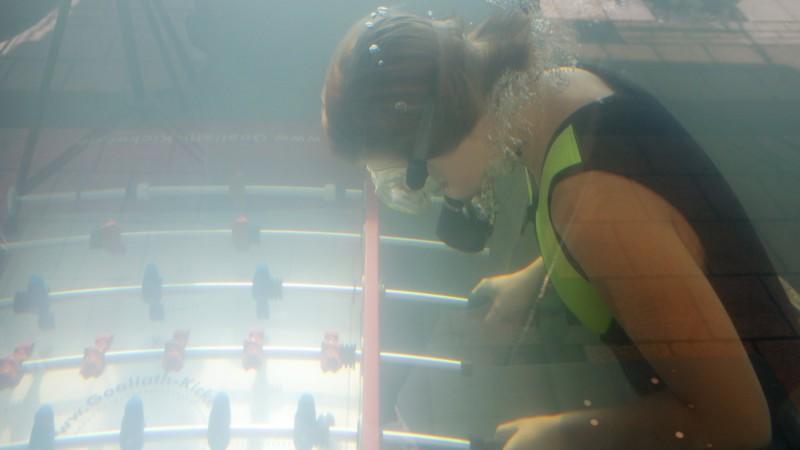 37 Stunden Unterwasser-Kickern waren in Oerlinghausen angesagt.