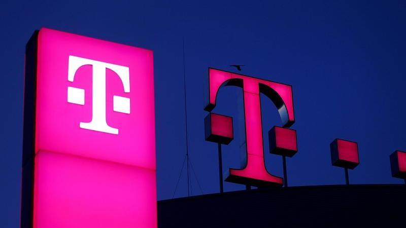 DieDeutsche Telekom veröffentlicht am Donnerstag ihre Quartalszahlen. Foto: Oliver Berg/dpa