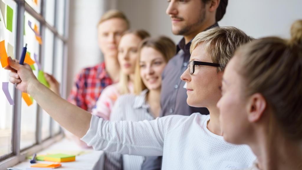 """""""On-The-Job""""-Weiterbildungen werden häufig vom Unternehmen bezahlt"""