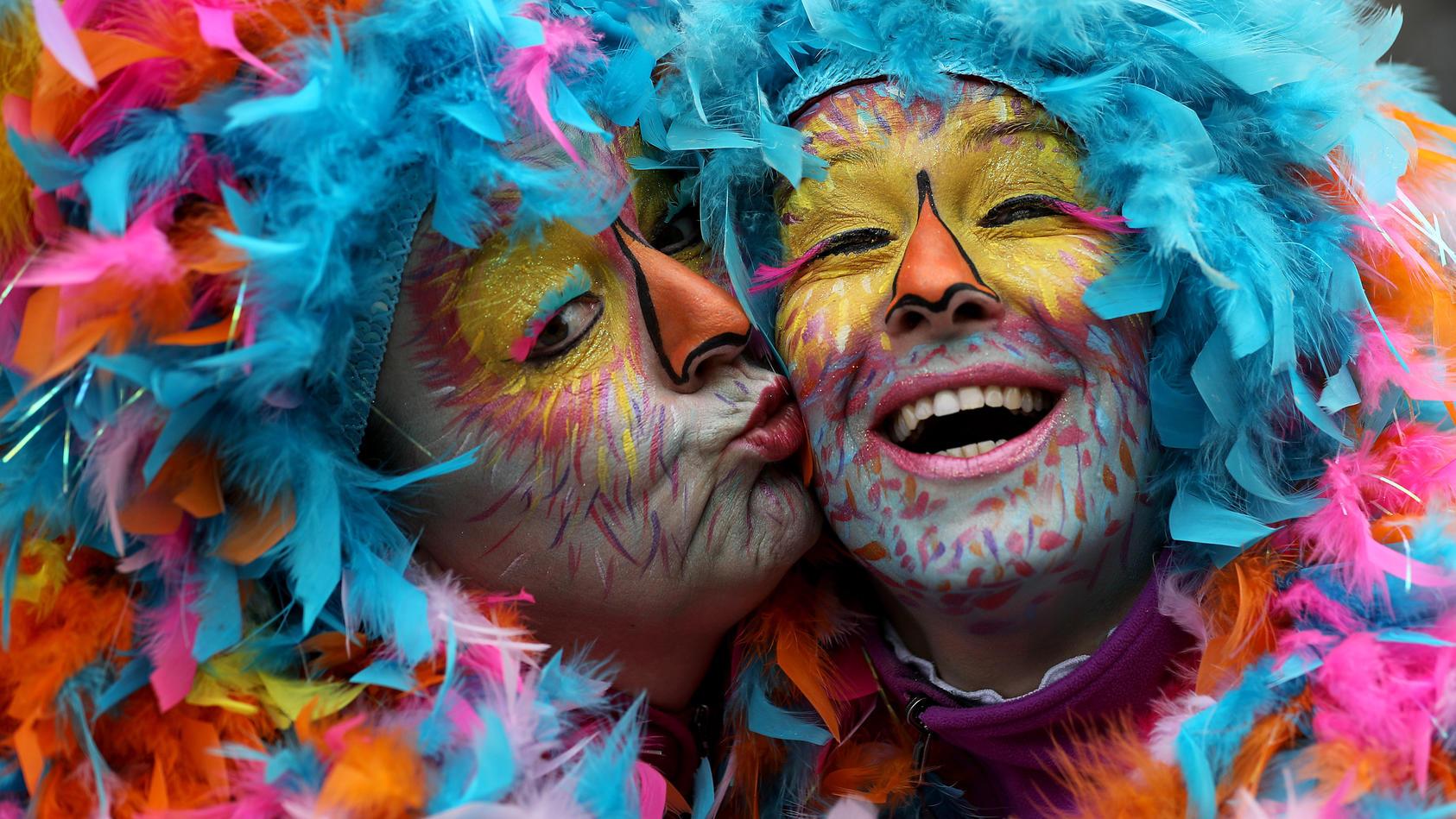 Der Kölner Rosenmontagszug hat jährlich über eine Million Zuschauer.