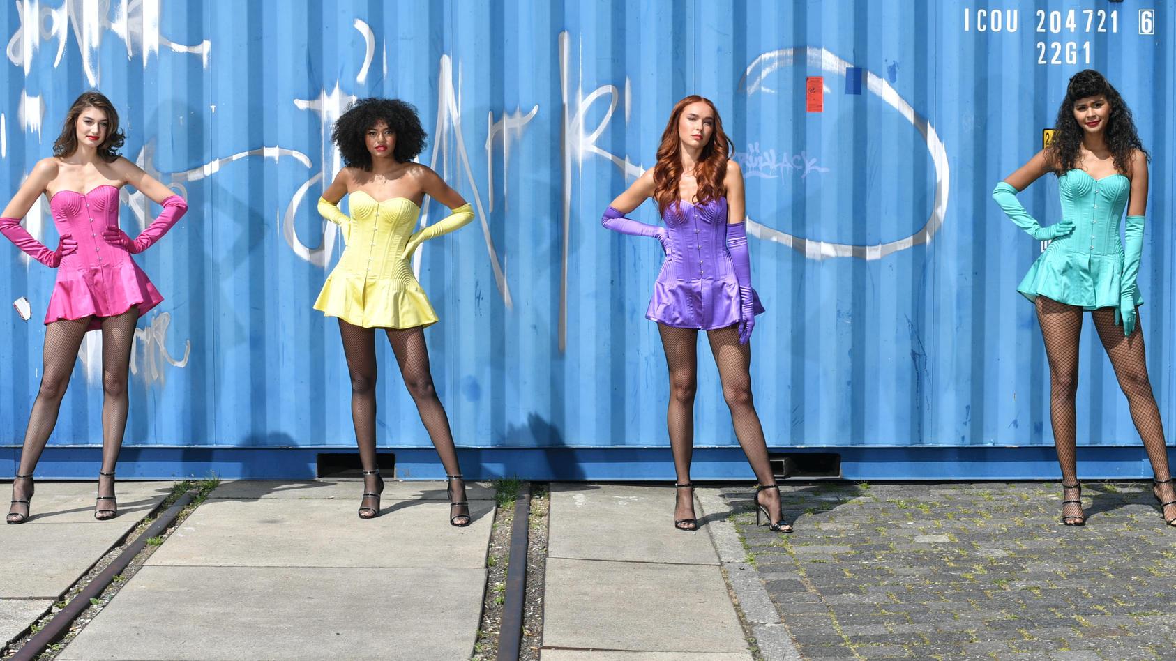 """""""Germany's next Topmodel"""": Die Finalistinnen Sarah P. (l-r), Maureen, Jacky und Lijana"""