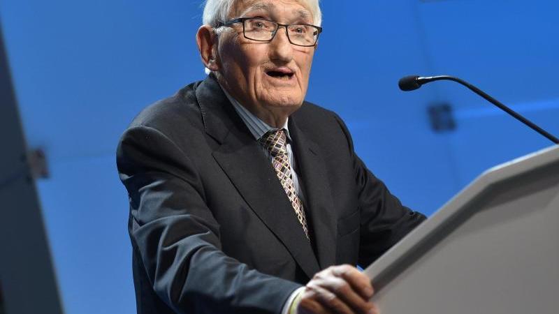 Der Soziologe und Philiosoph Jürgen Habermas. Foto: Arne Immanuel Bänsch/dpa