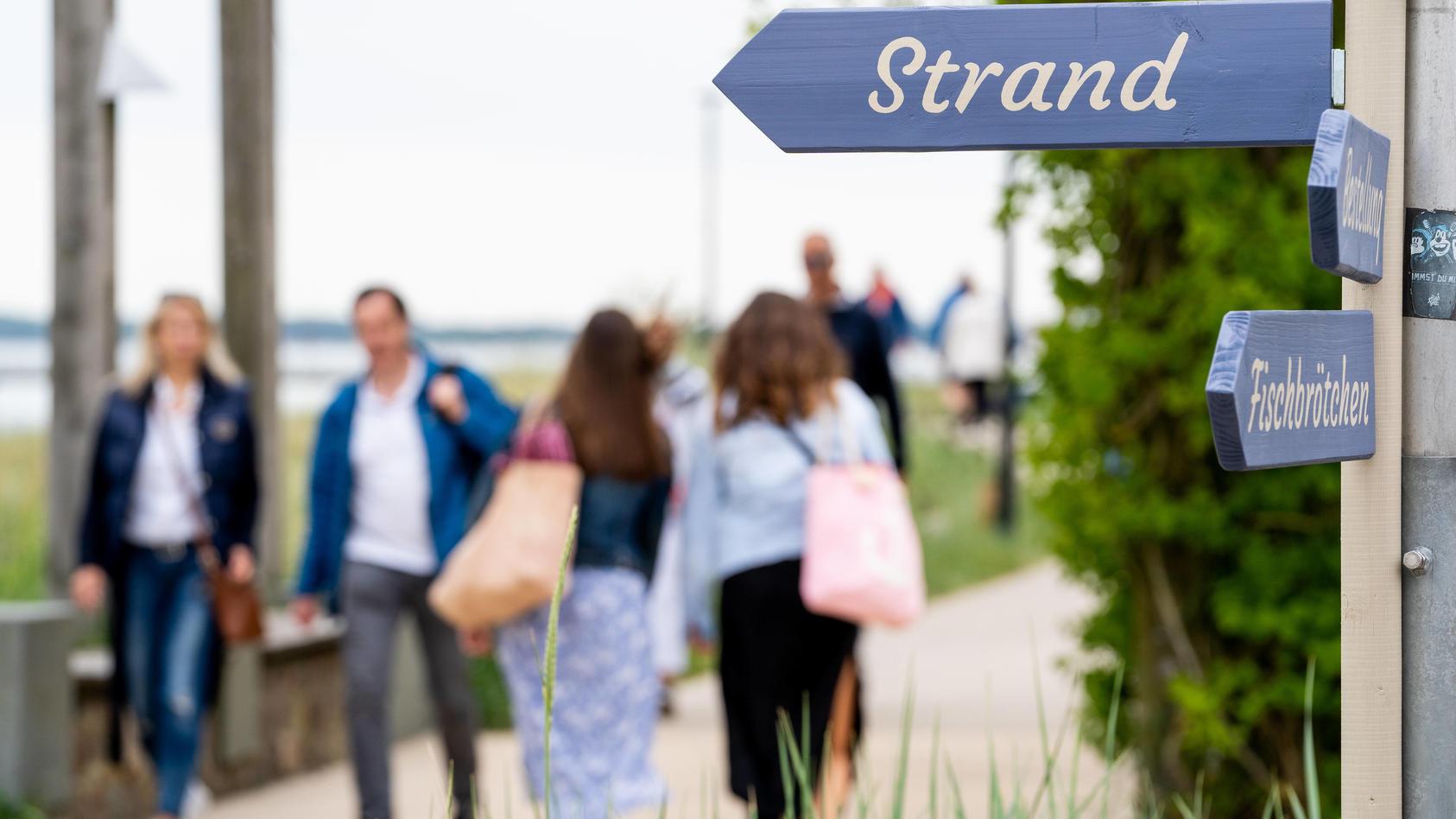 Tourismus in Schleswig-Holstein - Christi Himmelfahrt - Vatertag - Herrentag während der Corona-Krise in Scharbeutz an
