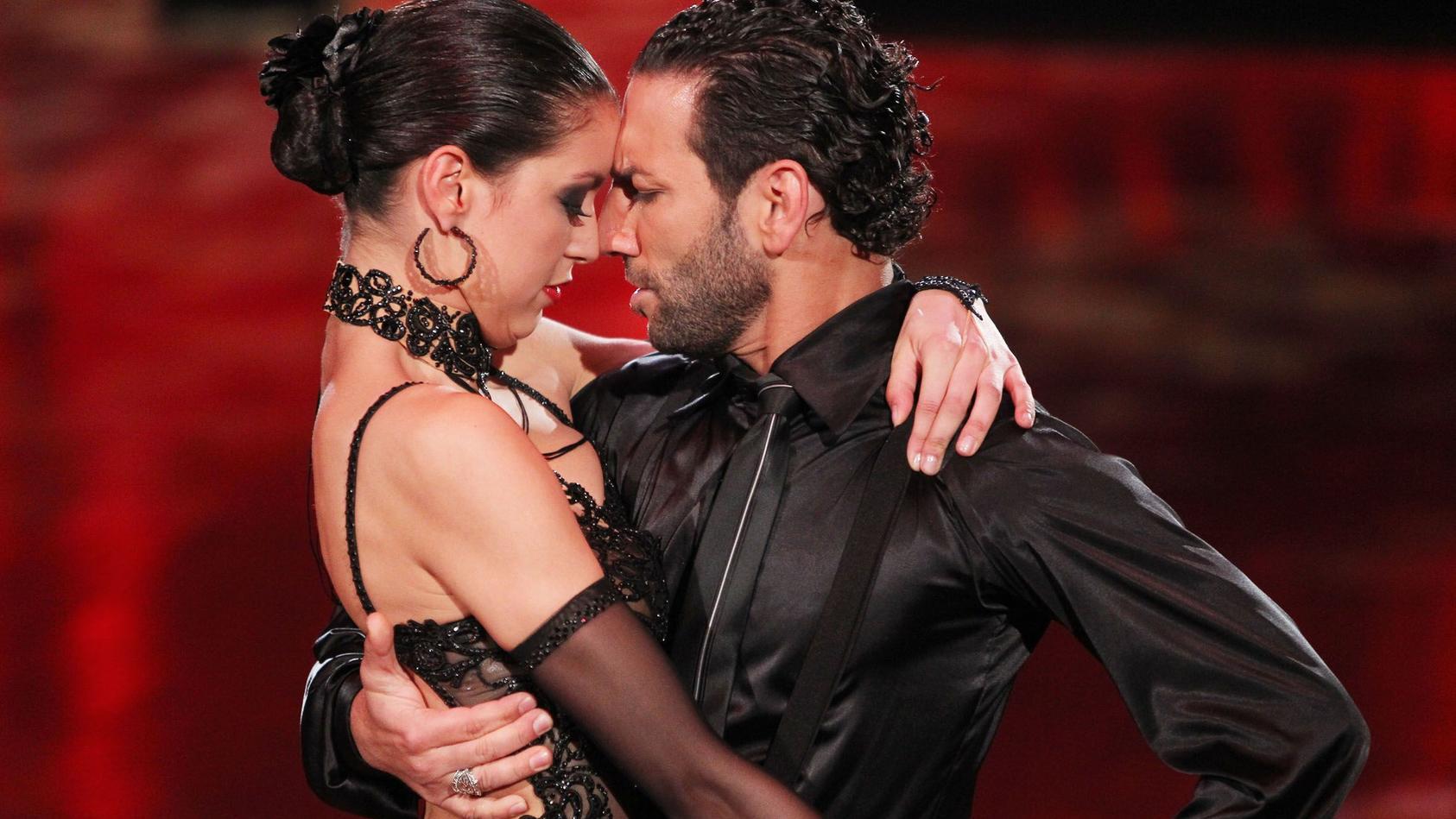 """Massimo Sinató und Rebecca Mir lernten sich bei """"Let's Dance"""" kennen. Auch ein Tanz von ihnen gehört  zu den Top 15 aller Zeiten."""