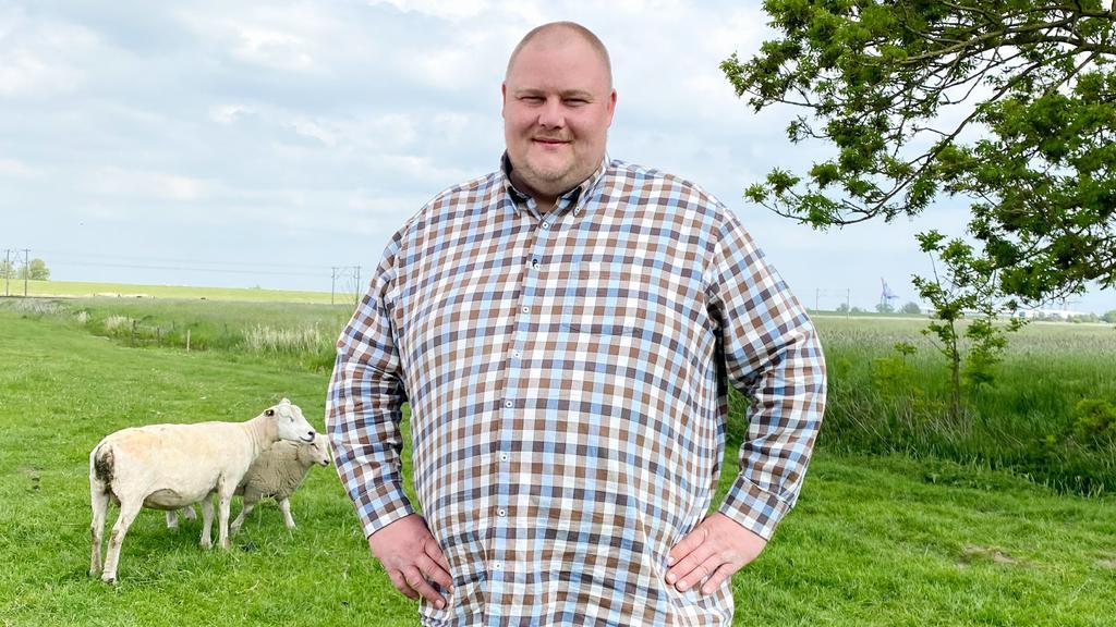Hobby-Geflügelzüchter Leif (31) aus Niedersachsen.