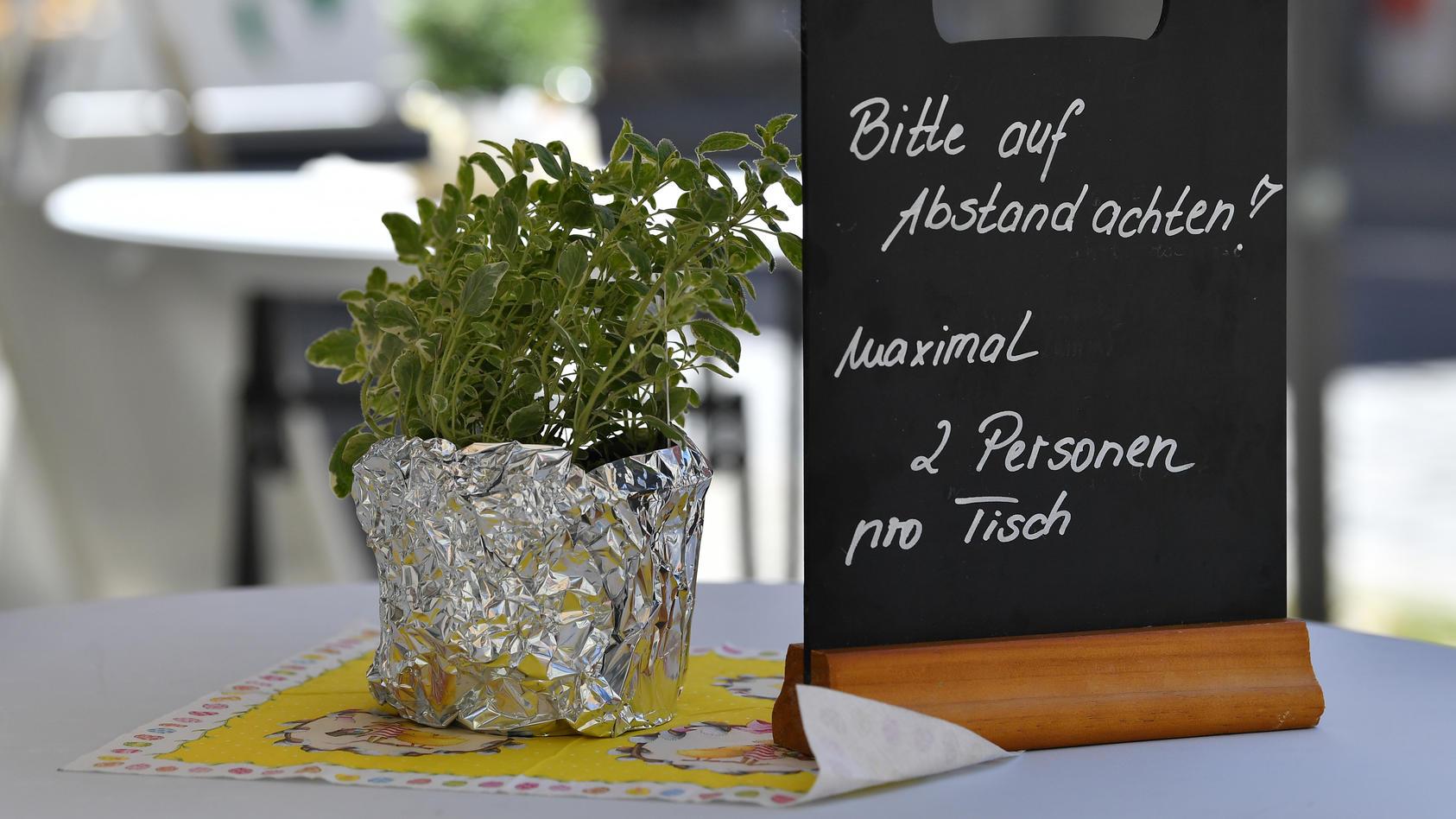 Welche Regeln gelten in wiedereröffneten Restaurants, Läden und Co.?