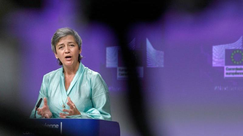 Die Vizepräsidentin der EU-Kommission, Margrethe Vestager. Foto: Olivier Matthys/AP Pool/dpa