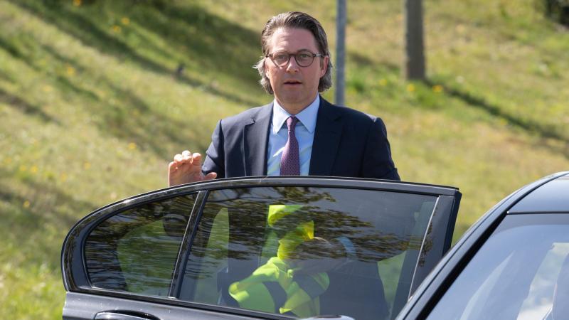 Bundesverkehrsminister Andreas Scheuer (CSU) will ein Mobilitäts-Paket. Foto: Soeren Stache/dpa-Zentralbild/dpa