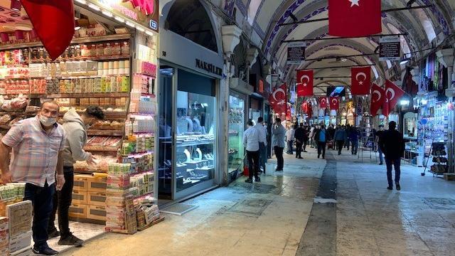 Der Bazaar ist normalerweise auch ein Touristenmagnet.