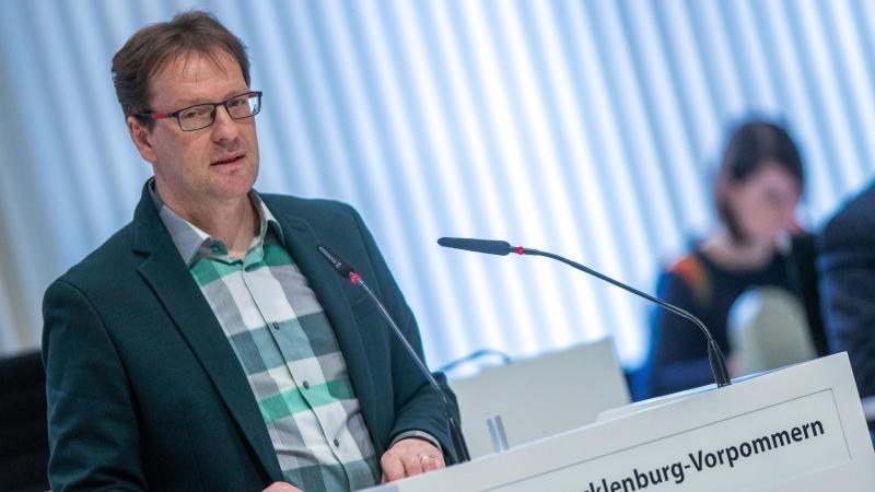 Torsten Renz (CDU) spricht bei einer Landtagssitzung. Foto: Jens Büttner/dpa-Zentralbild/ZB/Archivbild