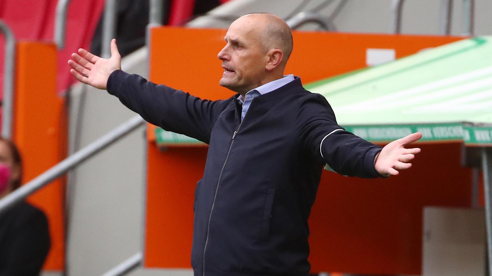 Bundesliga - FC Augsburg v FC Cologne