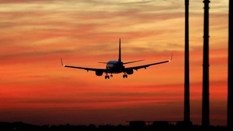 Die Reisewarnung für Nicht-EU-Länder soll bis Ende August verlängert werden.
