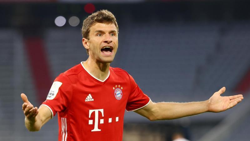 Thomas Müller hat seine Aussagen zu Transfers und Gehaltsverzicht beimFCBayern klargestellt. Foto: Kai Pfaffenbach/Reuters/Pool/dpa