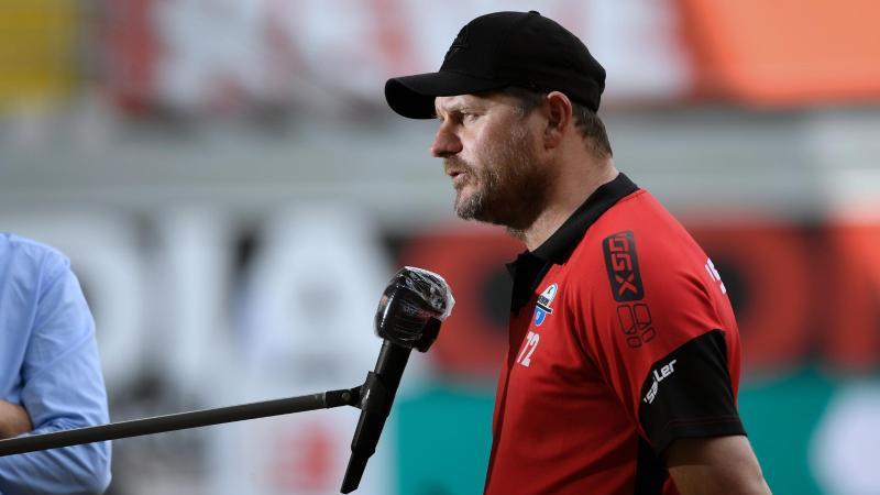 Trainer Steffen Baumgart von Paderborn. Foto: Ina Fassbender/AFP-Pool/dpa/Archivbild