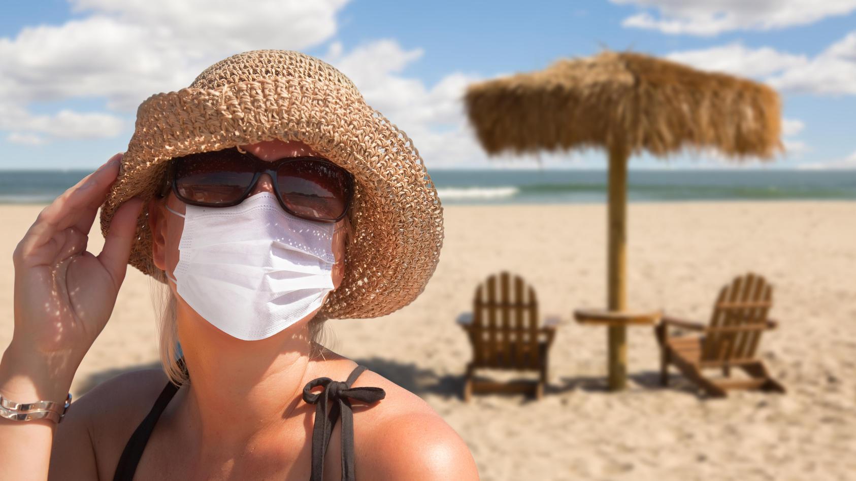 Welche Regelungen gibt es für Arbeitnehmer, die sich im Urlaub mit dem Coronavirus anstecken?