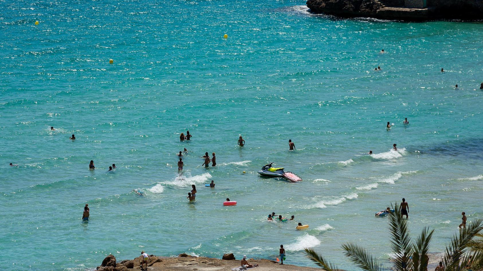 Mallorca GER, Themenfoto, Urlaub auf Mallorca, Tourismus in Zeiten der Corona-Pandemie, Sommerurlaub, 21.06.2020 GER, Th