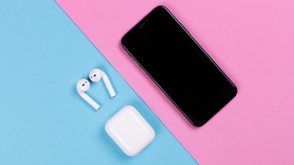 Apple iPhone und Airpods