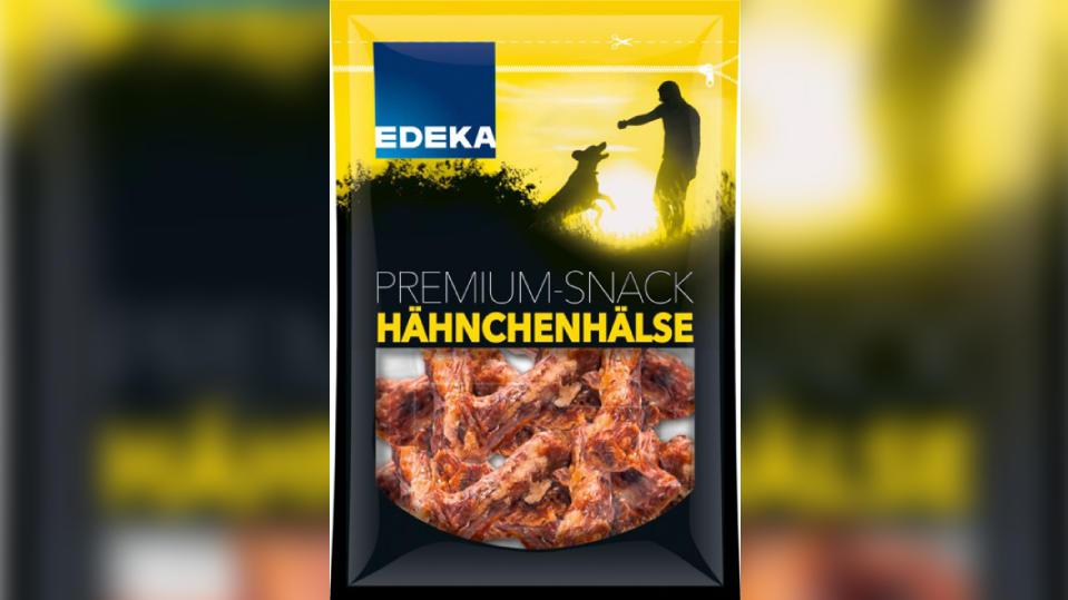"""An dem Hunde-Snack """"Edeka Hähnchenhälse"""" können sich auch Menschen mit Salmonellen infizieren."""