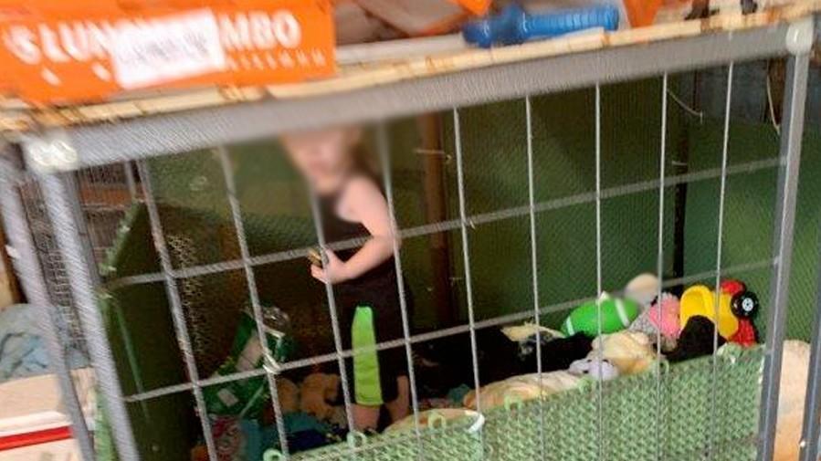 Tennessee: Junge musste in Hundezwinger hausen