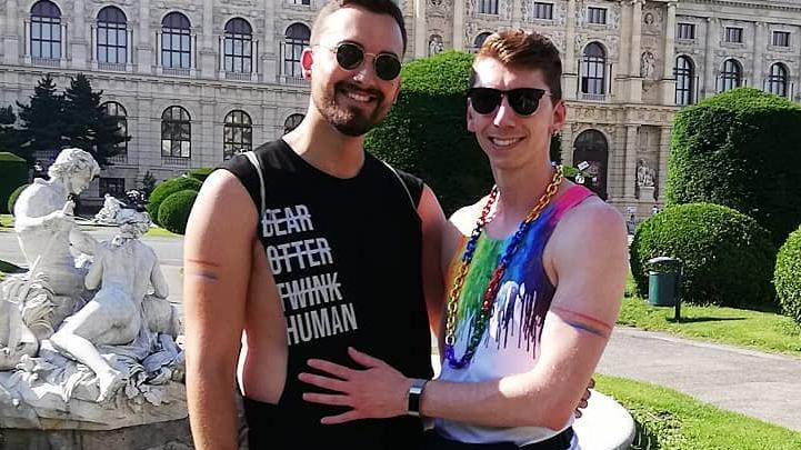 """Die ehemaligen """"Prince Charming""""-Kandidaten Antonio und Manuel wirken sehr vertraut. Instagram: @manuel_flickinger"""