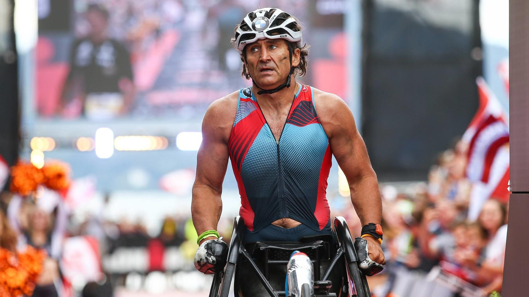 TRIATHLON - Ironman Austria 2017 KLAGENFURT,AUSTRIA,02.JUL.17 - TRIATHLON - Ironman Austria. Image shows Alex Zanardi (