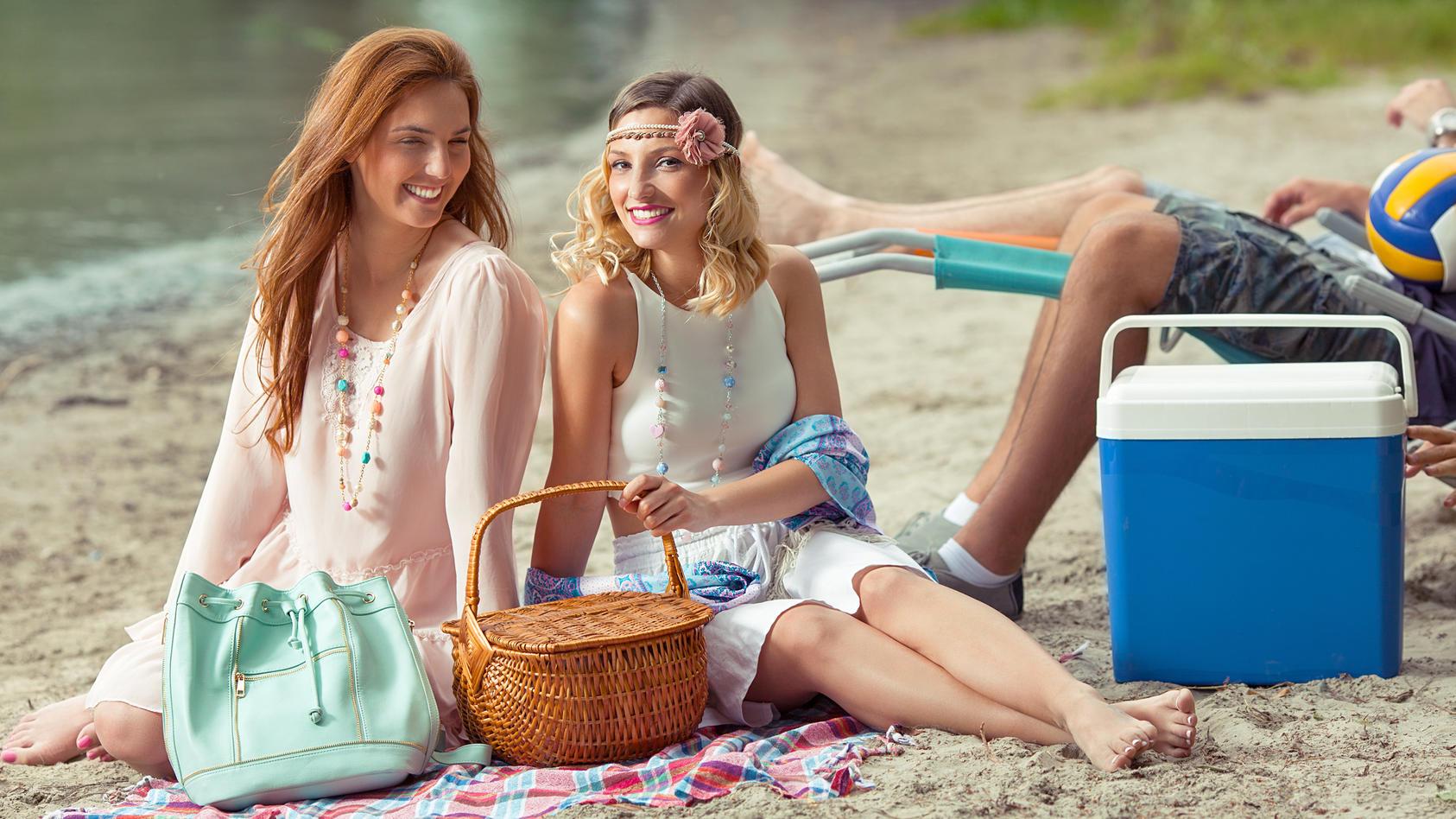 Kühlboxen sind der perfekte Begleiter für Picknicks, Ausflüge, Einkaufen & Co.