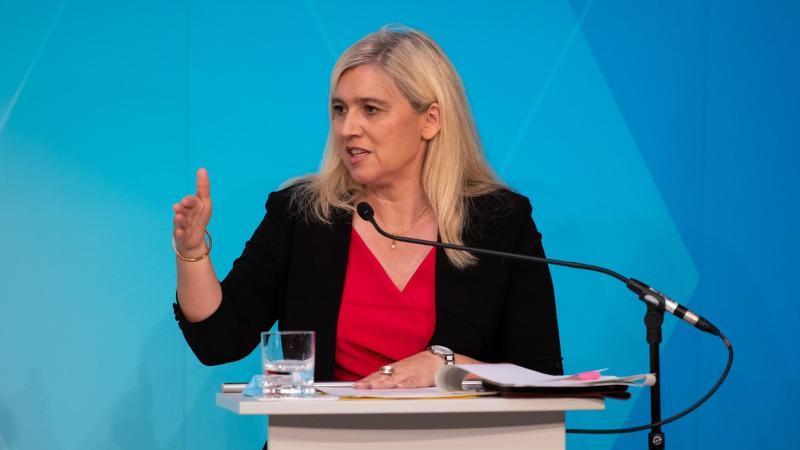 Melanie Huml (CSU), Gesundheitsministerin von Bayern, spricht. Foto: Sven Hoppe/dpa/Archivbild