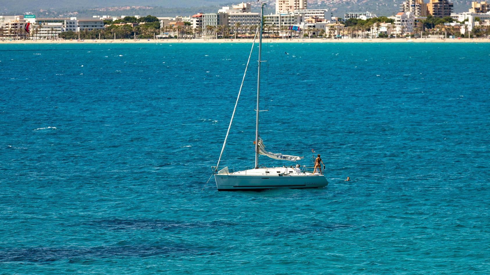 Spanien, Eindrücke aus Mallorca Mallorca GER, Themenfoto, Urlaub auf Mallorca, Tourismus in Zeiten der Corona-Pandemie,