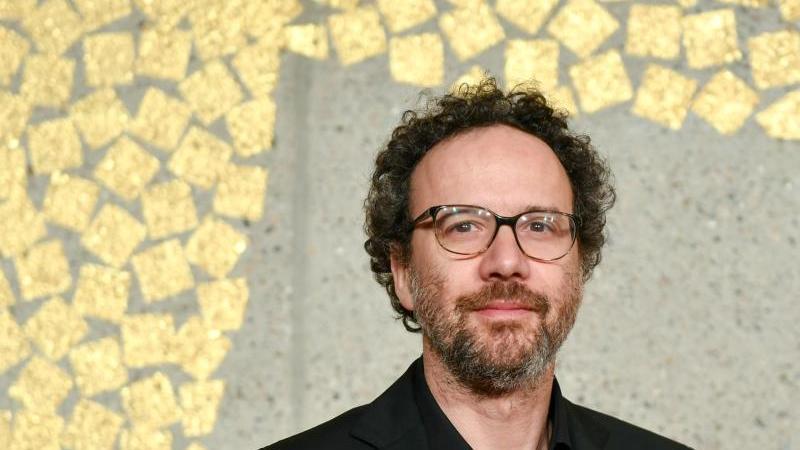 Der künstlerische Leiter der Berlinale, Carlo Chatrian, sieht seine Berufung als neues Mitglied der Oscar-Akademie auch als Bestätigung für die Berliner Filmfestspiele. Foto: Jens Kalaene/dpa-Zentralbild/dpa