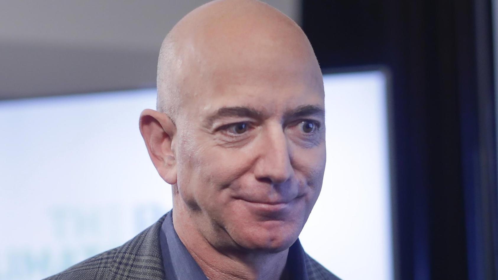 Jeff Bezos ist der reichste Mann der Welt