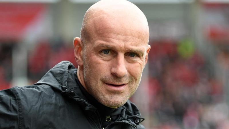 Braunschweigs Trainer Marco Antwerpen. Foto: Hendrik Schmidt/zb/dpa/Archivbild