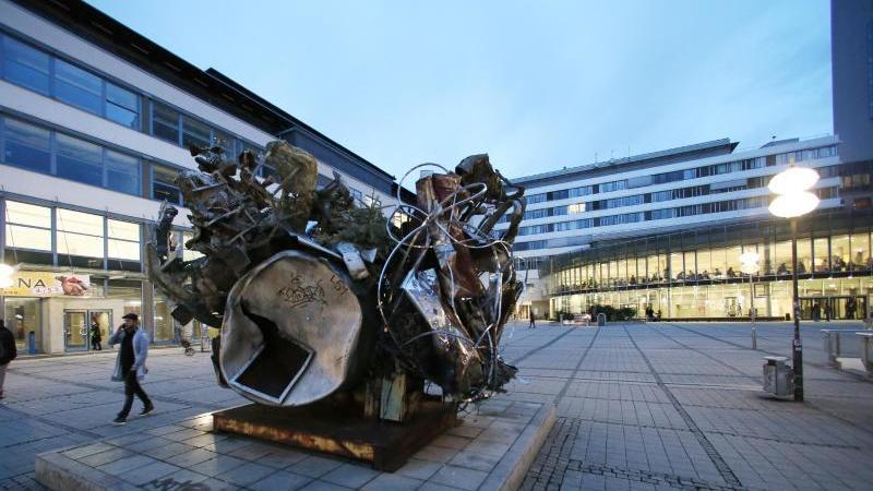 Der Campus der Universität in Jena. Foto: Bodo Schackow/dpa-Zentralbild/dpa/Archivbild