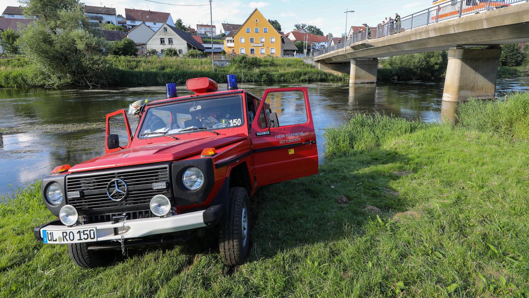 Mann ertrinkt bei Junggesellenabschied in der Donau