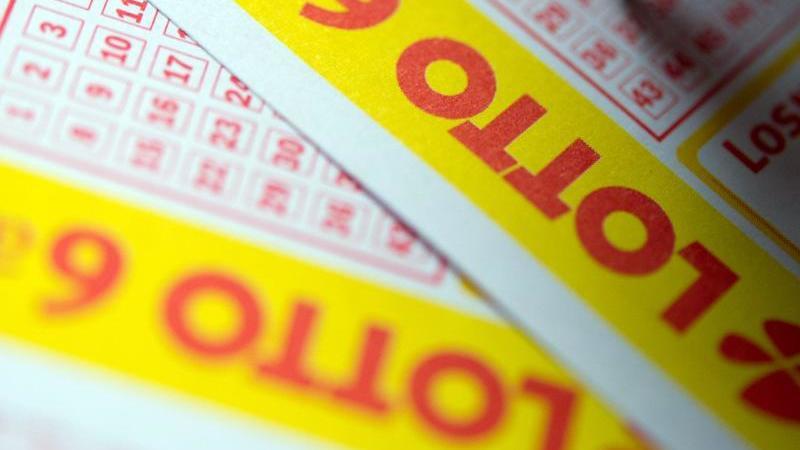Ein Schleswig-Holsteiner hat am Wochenende mehr als 6,1 Millionen Euro im Lotto gewonnen. Foto: Inga Kjer/dpa/Illustration