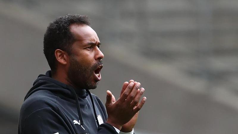 Thioune soll übereinstimmenden Medienberichten zufolge neuer Cheftrainer des Hamburger SV werden. Foto: Tom Weller/dpa-Pool/dpa/Archivbild