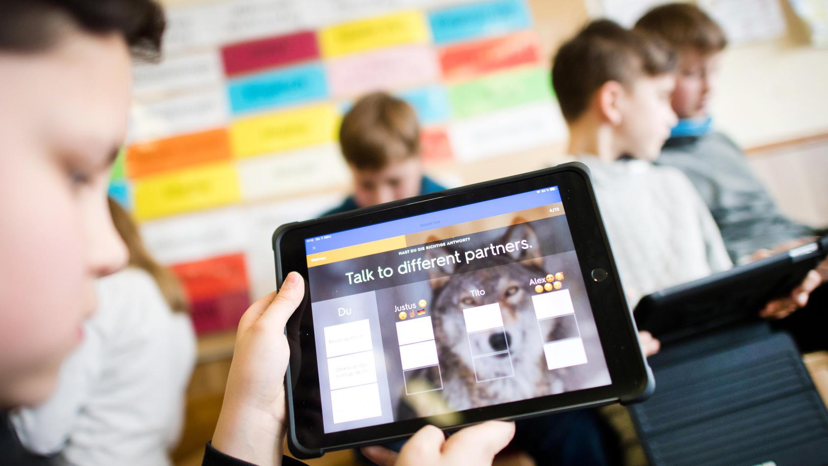 NRW Kommunen rufen Mittel aus Digitalpakt Schule nur zögerlich ab