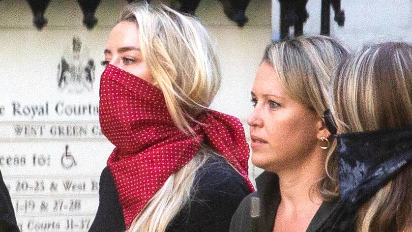 Johnny Depps Exfrau Amber Heard wird beim Prozess anwesend sein.. Sie wird von Jennifer Robinson vertreten, Julian Assanges Anwältin .