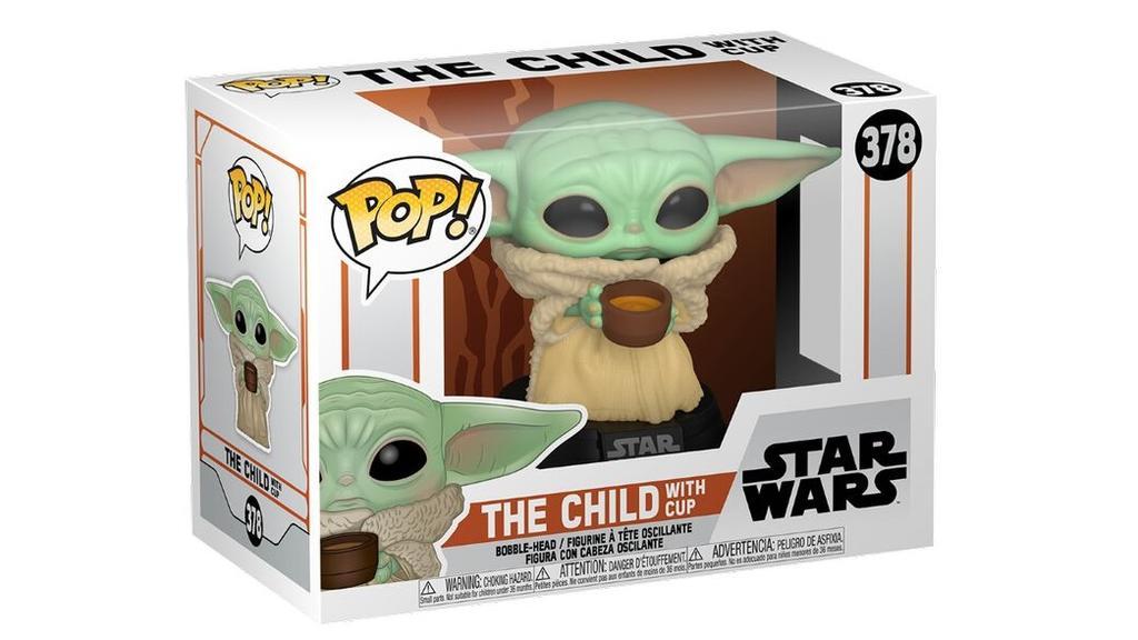 Baby Yoda mit Tasse