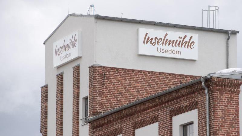 Das Gebäude der Inselmühle Usedom. Foto: Stefan Sauer/dpa-Zentralbild/dpa
