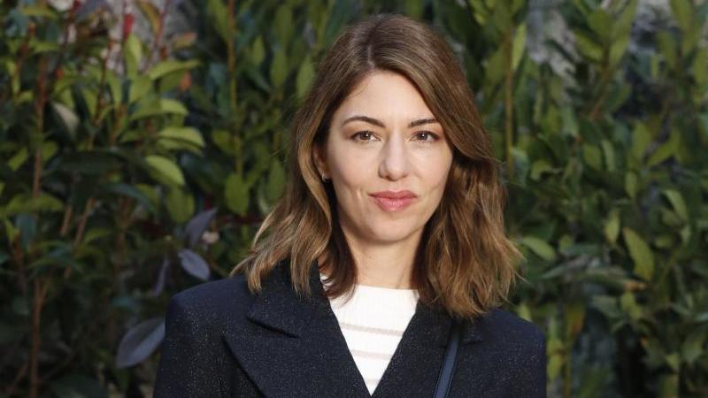 Die US-amerikanische Regisseurin Sofia Coppola fühlt sich dem Pariser Modehaus Chanel verbunden. Foto: Thibault Camus/AP/dpa