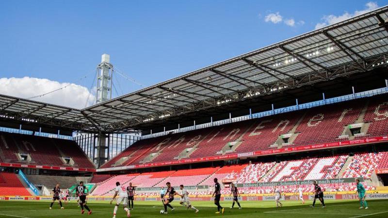 Die deutsche Nationalmannschaft wird im Oktober gleich zwei Länderspiele innerhalb von einer Woche in Köln absolvieren. Foto: Rolf Vennenbernd/dpa/Archivbild