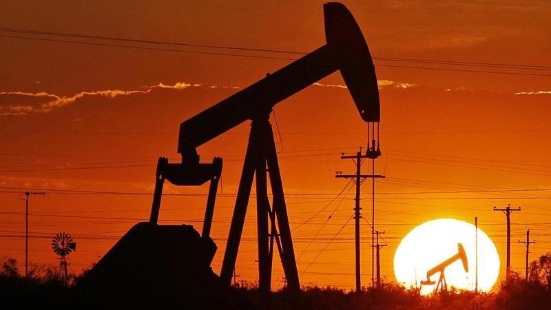 Ölpumpe in Texas. An den Finanzmärkten sorgt vor allem die Entwicklung in den USA für eine nervöse Stimmung. Foto: Jacob Ford/Odessa American/dpa