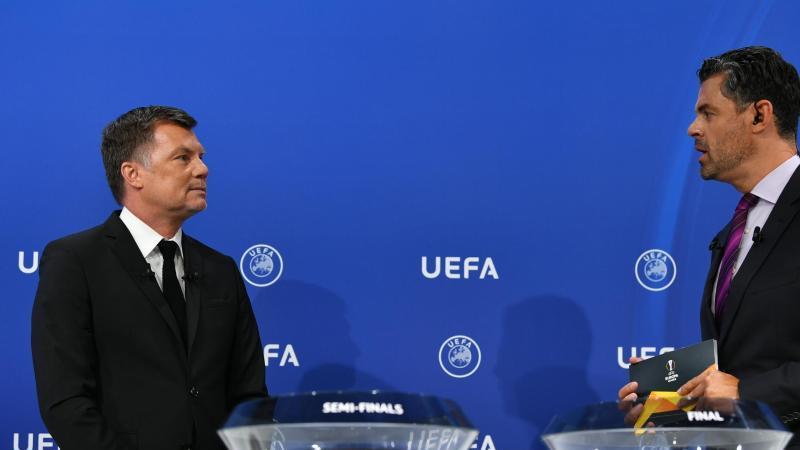 Die Deligierten losen die Europa League aus. Foto: Harold Cunningham/UEFA via Getty Images/dpa