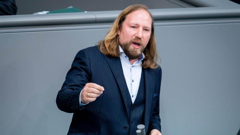Anton Hofreiter, Fraktionsvorsitzender von Bündnis 90/Die Grünen, spricht im deutschen Bundestag. Foto: Kay Nietfeld/dpa