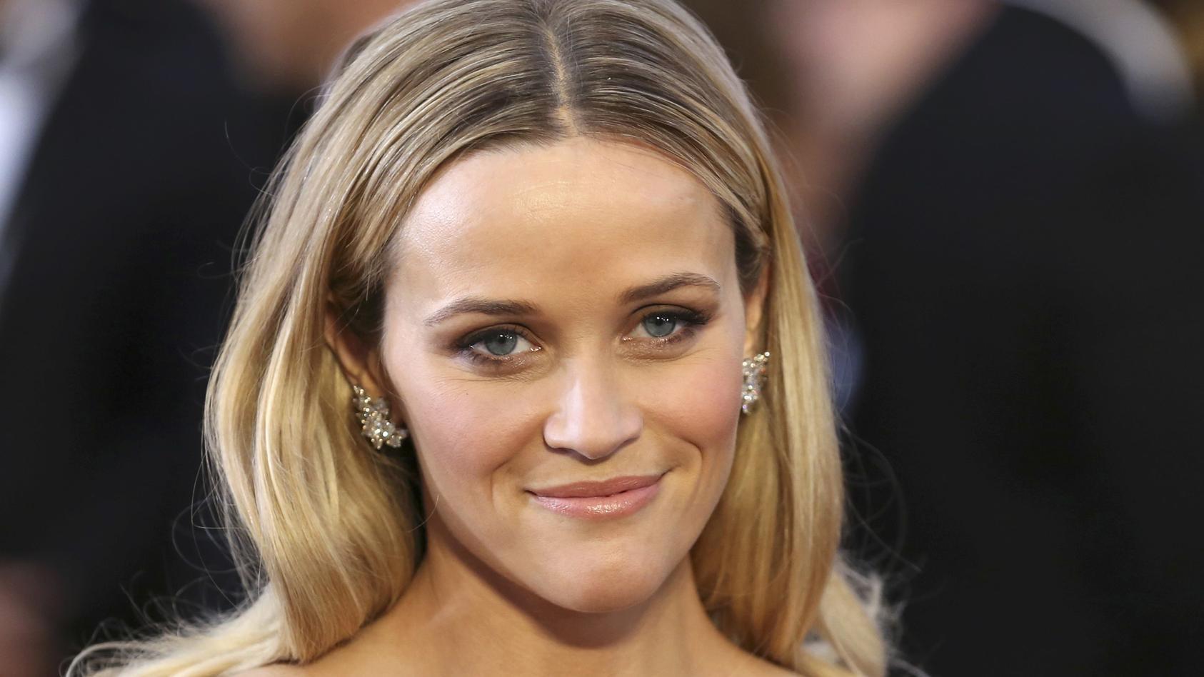 Reese Witherspoon hat Grund zur Freude.