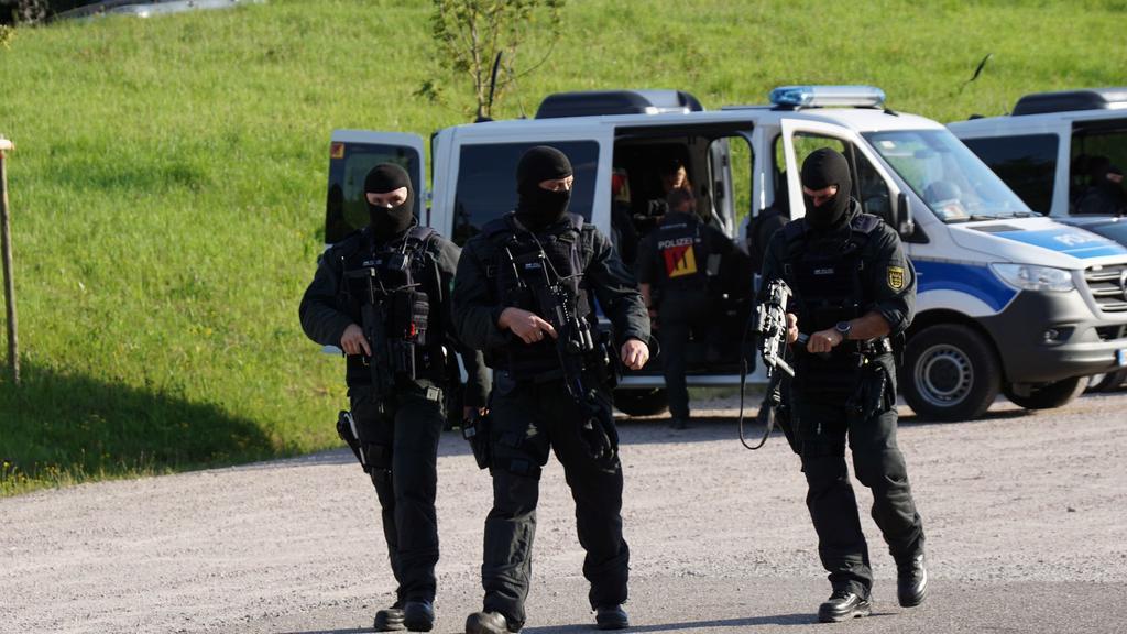 Spezialkräfte jagen den Schwarzwald-Rambo.
